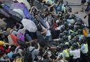 Chùm ảnh: Người biểu tình Hong Kong đụng độ với cảnh sát