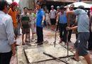 Tin trong nước - Bé trai thoát chết sau khi chìm 5 phút dưới cống