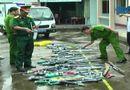 Video-Hot - Bạc Liêu: tiêu hủy hơn 80 súng tự chế bắn bằng cồn, đạn bi xe đạp