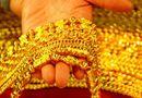 Thị trường - Giá vàng ngày 4/11: Giá vàng tiếp tục lao dốc