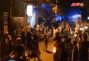 An ninh TV - Clip: Nam thanh niên điên cuồng ôm bình gas đốt nhà
