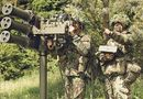 """Video-Hot - Clip: Cận cảnh """"Sát thủ"""" vác vai """"siêu dị"""" của quân đội Anh"""