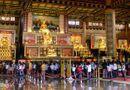 Thị trường - Đền thờ dát vàng phục vụ khách miễn phí ở Khu du lịch Đại Nam