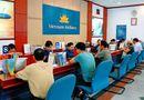 Video-Hot - Hành khách phản ứng về việc tắc trách của Vietnam Airline
