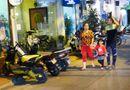 Ăn - Chơi - Sự đối lập thú vị ở hai con phố Hà Nội