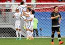 Bóng đá - Trung vệ Real bỏ lỡ cơ hội ghi bàn khó tin