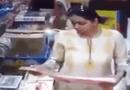 Video-Hot - Nam thanh niên suýt tử nạn dưới gầm xe bồn vì lấn làn ẩu