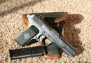 An ninh - Hình sự - Nam thanh niên tử vong bên khẩu súng K54 trong khách sạn