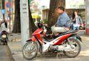 An ninh - Hình sự - Chủ quán cà phê cùng đàn em ngang nhiên thu tiền bảo kê xe ôm