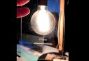 Sản phẩm số - iPhone 7 Jet Black bong tróc vỏ ngoài vì miếng dán bảo vệ