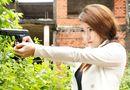 Tin tức giải trí - Kim Ny Ngọc bị Lâm Minh Thắng chĩa súng vào đầu