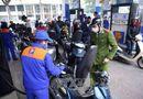 Thị trường - Petrolimex nhập xăng dầu dự trữ cho Tết Đinh Dậu 2017