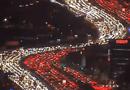 Video-Hot - Tắc đường kiểu Mỹ: Đẹp đến bất ngờ