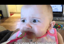 Video-Hot - Biểu cảm hài hước của em bé khi lần đầu ăn bơ