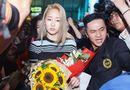 """Tin tức giải trí - Wonder Girls vất vả vượt qua """"biển fan"""" phấn khích ở sân bay Tân Sơn Nhất"""