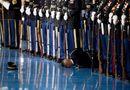 Tin thế giới - Lính Mỹ ngất xỉu trong lễ chia tay lực lượng vũ trang của ông Obama