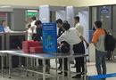 """An ninh - Hình sự - Nhân viên vệ sinh """"cầm nhầm"""" máy tính của khách ở sân bay Nội Bài"""