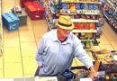 Cộng đồng mạng - Khó tin: Người đàn ông lấy tay giả làm súng để cướp đồ