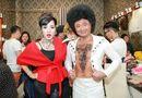 Tin tức giải trí - Thúy Nga, Tự Long khác lạ trong Gala cười 2017