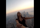 Video-Hot - Người mẫu Nga thách thức tử thần trên nóc nhà Dubai