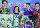 Tin tức giải trí - Sương Đặng, Việt Trinh trao kỷ vật cho Bảo tàng phụ nữ Nam Bộ
