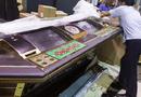 An ninh - Hình sự - Bắt vụ vận chuyển trái phép máy đánh bạc qua đường quá cảnh