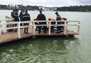 Tin trong nước - Phát hiện thi thể nam giới đang phân hủy trên hồ Xuân Hương