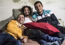 Sức khoẻ - Làm đẹp - Tò mò quan hệ của 3 người đàn ông yêu nhau, sống chung 1 nhà