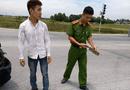 Tin trong nước - Điều tra vụ lái xe cứu thương nghi cầm dao đuổi chém người sau va chạm giao thông