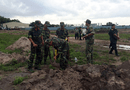 Tin trong nước - Tìm mộ tập thể ở Tân Sơn Nhất: Phát hiện nhiều nón tai bèo, dép râu