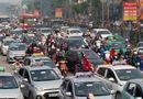Thị trường - Taxi lăn bánh kiếm khách gây lãng phí 3 tỷ đồng mỗi ngày