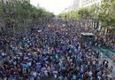 Tin thế giới - 500.000 người biểu tình chống khủng bố ở Barcelona