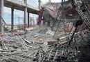 Tin trong nước - Đang đổ bê tông thì sập giàn giáo, 9 người nhập viện cấp cứu
