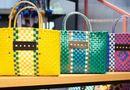 Ăn - Chơi - Bất ngờ túi xách hàng hiệu của Itali trông như túi đi chợ của bà nội trợ Việt Nam