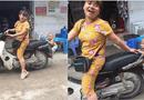 """Cộng đồng mạng - Dân mạng """"bấn loạn"""" với hình ảnh bé trai nhảy lên xe không cho mẹ đi chợ"""