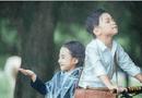 """Cộng đồng mạng - """"Yêu không chịu nổi"""" với bộ ảnh cover """"Em gái mưa"""" phiên bản nhí"""