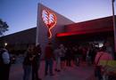 Tin thế giới - Dân Mỹ xếp hàng cả đêm chờ hiến máu cứu nạn nhân vụ xả súng ở Las Vegas