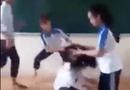 Tin trong nước - Phẫn nộ clip nhóm nữ sinh đánh bạn trong lớp học