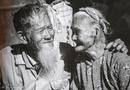 Gia đình - Tình yêu - Chuyện tình xuyên thế kỷ: Cặp vợ chồng 90 tuổi nổi tiếng khắp năm châu nhờ 1 người Pháp
