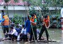 Tin trong nước - Quốc Lộ 6 ngập sâu 2m, giao thông Hà Nội – Sơn La tê liệt hoàn toàn
