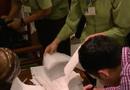 Tin tức - Vụ Khaisilk bán khăn lụa Trung Quốc: Do nhân viên trà trộn hàng dịp 20/10