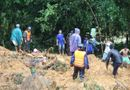 Tin trong nước - Lực lượng cứu hộ băng rừng tìm kiếm 4 công nhân thủy điện bị chôn vùi