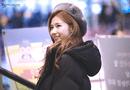 """Tin tức - Sana (TWICE) đẹp đến """"nín thở"""" dù khoác áo phao to sụ"""