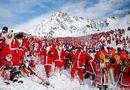 Tin thế giới - Thụy Sĩ: Hơn 2.000 ông già Noel chơi trượt tuyết vui vẻ ở dãy Alps