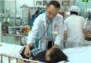 Tin tức - Bé trai 6 tuổi cấp cứu vì chiếc bóng đèn led nằm trong bụng suốt 1 năm