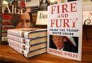Tin thế giới - Tỷ phú Mỹ mua 535 quyển sách về ông Trump tặng nghị sĩ Quốc hội
