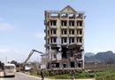 """Tin tức - Tòa nhà 7 tầng của trùm ma túy Tàng """"Keangnam"""" bị đánh sập hoàn toàn"""