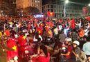 Tin thế giới - Tuyển U23 và tình yêu bóng đá của Việt Nam khiến dư luận quốc tế ngưỡng mộ