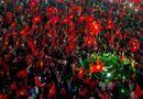 Tin thế giới - Báo Nhật: Trận bóng lịch sử đưa người Việt đến gần nhau hơn