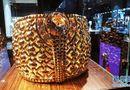 Tin tức - UAE trưng bày nhẫn vàng nặng tới 64kg, giá chót vót 66 tỷ đồng